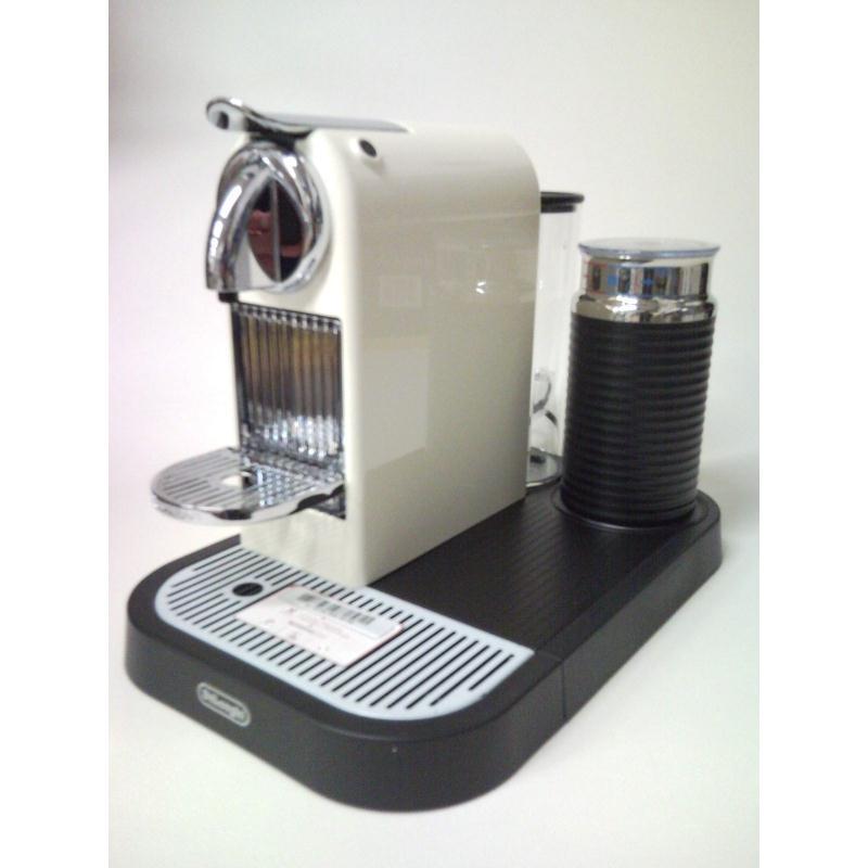 delonghi nespresso new citiz milk altweiss en266cwae en 266 cwae ebay. Black Bedroom Furniture Sets. Home Design Ideas