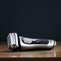 Braun Series 9-9260s Rasierer Wet & Dry silber