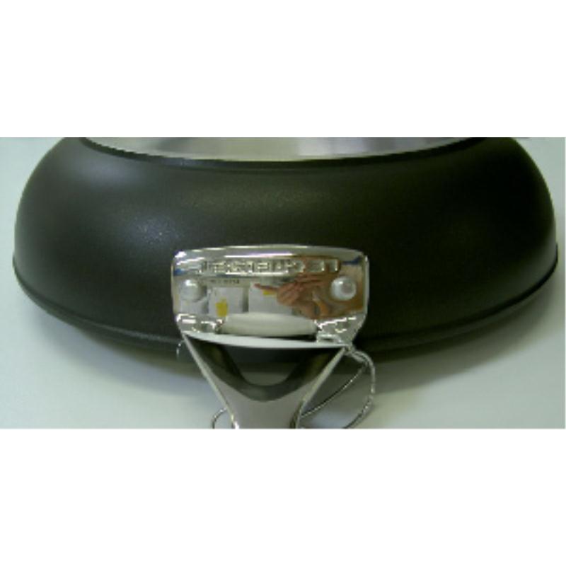Le Creuset Alu-Sautepfanne 24 cm versiegelt Induktion